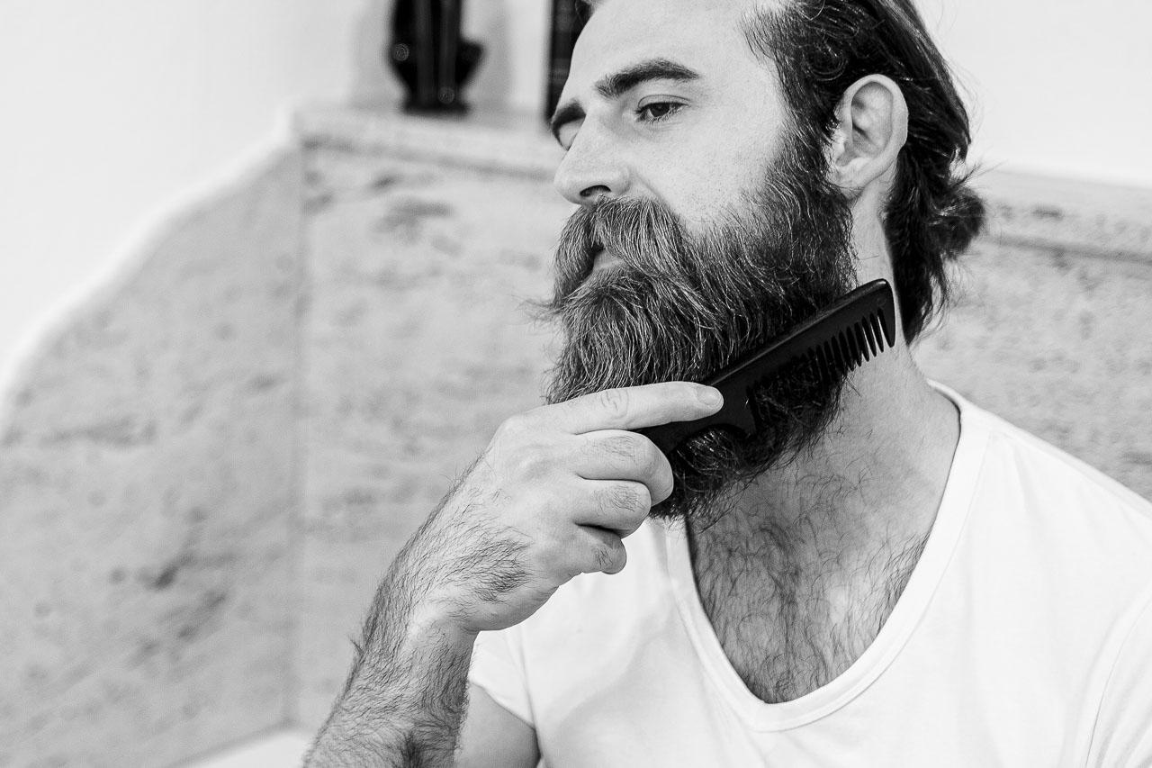 blackbeards-bartpflege-kategorie-bartkaemme